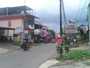 salah satu sudut desa sekaran, pusat keramaian